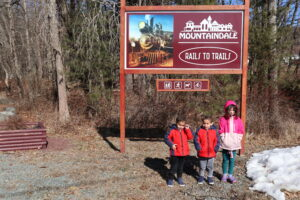 Children at the Trailhead